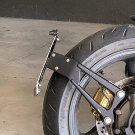 Portatarga monobraccio Moto Guzzi