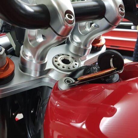Moto guzzi Griso rialzi riser alluminio manubrio nero